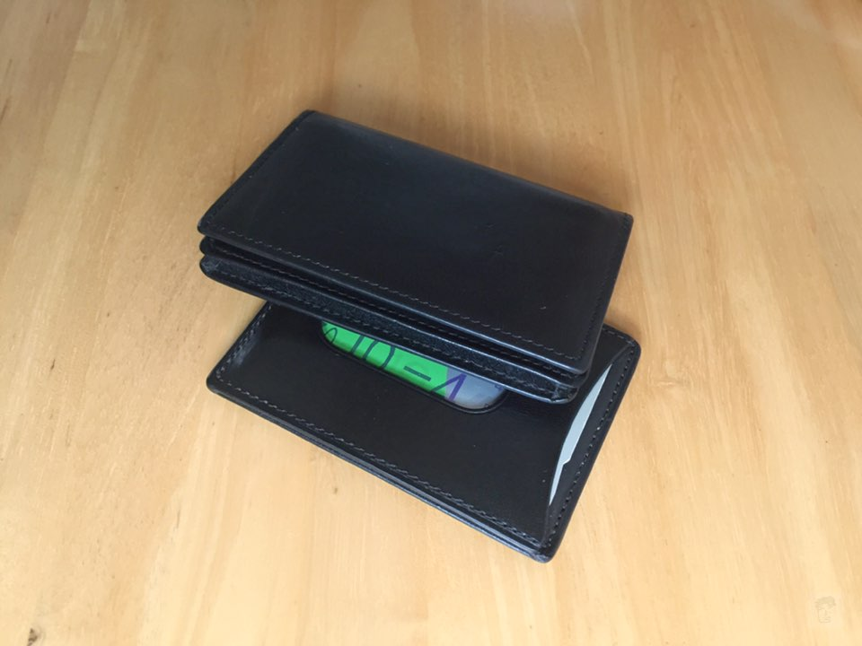 無印良品ヌメ革カードケースとパスケース